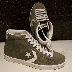NWB CONVERSE OLIVE GREEN SUEDE HIGH TOPS